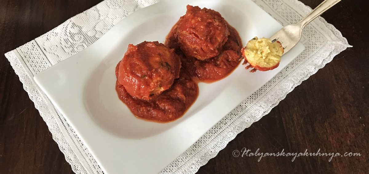 Котлетки из рикотты в томатном соусе